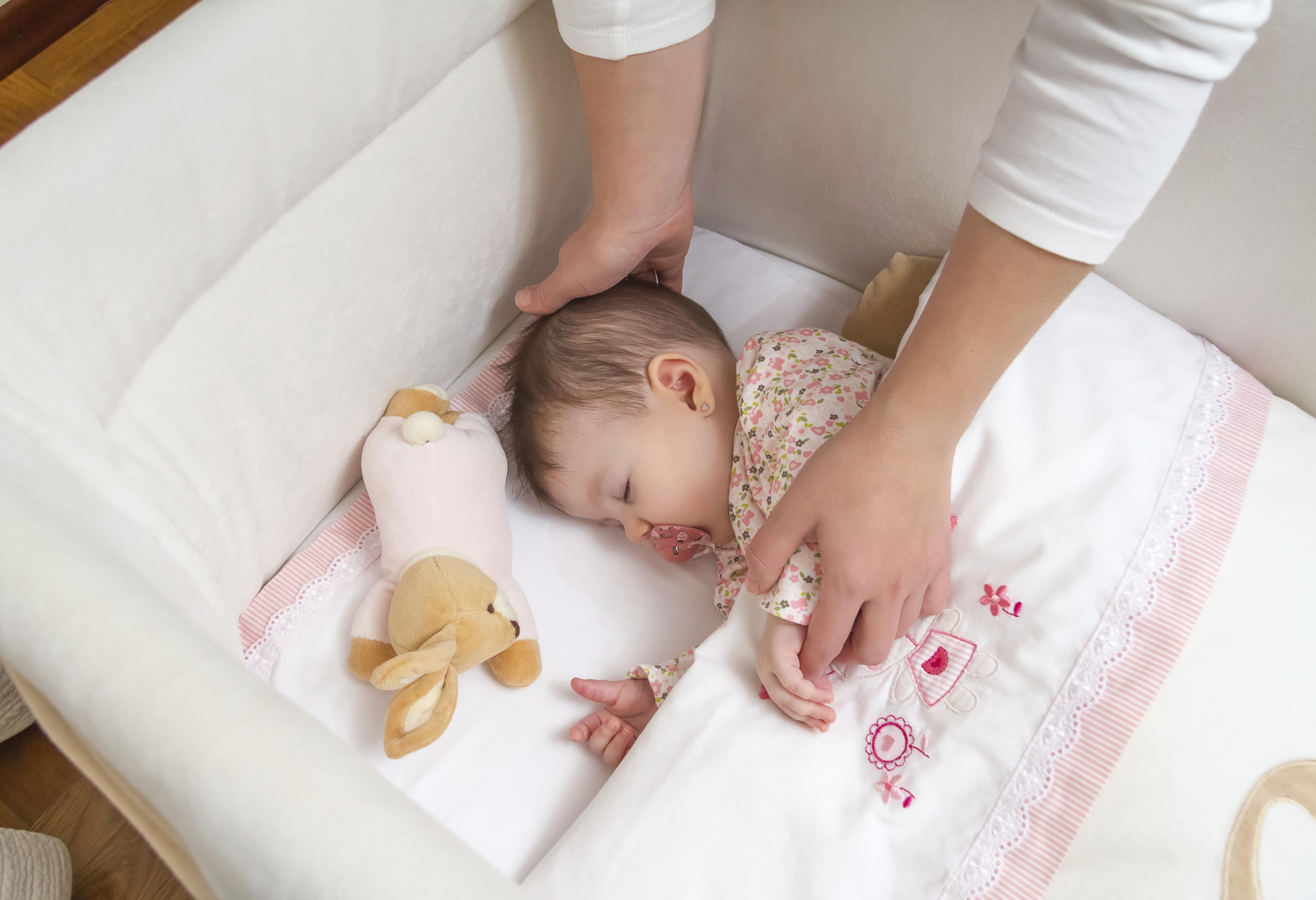Solusi Tidur dari A hingga ZZZZ – Cara Membuat Bayi Anda Tidur dengan Cepat