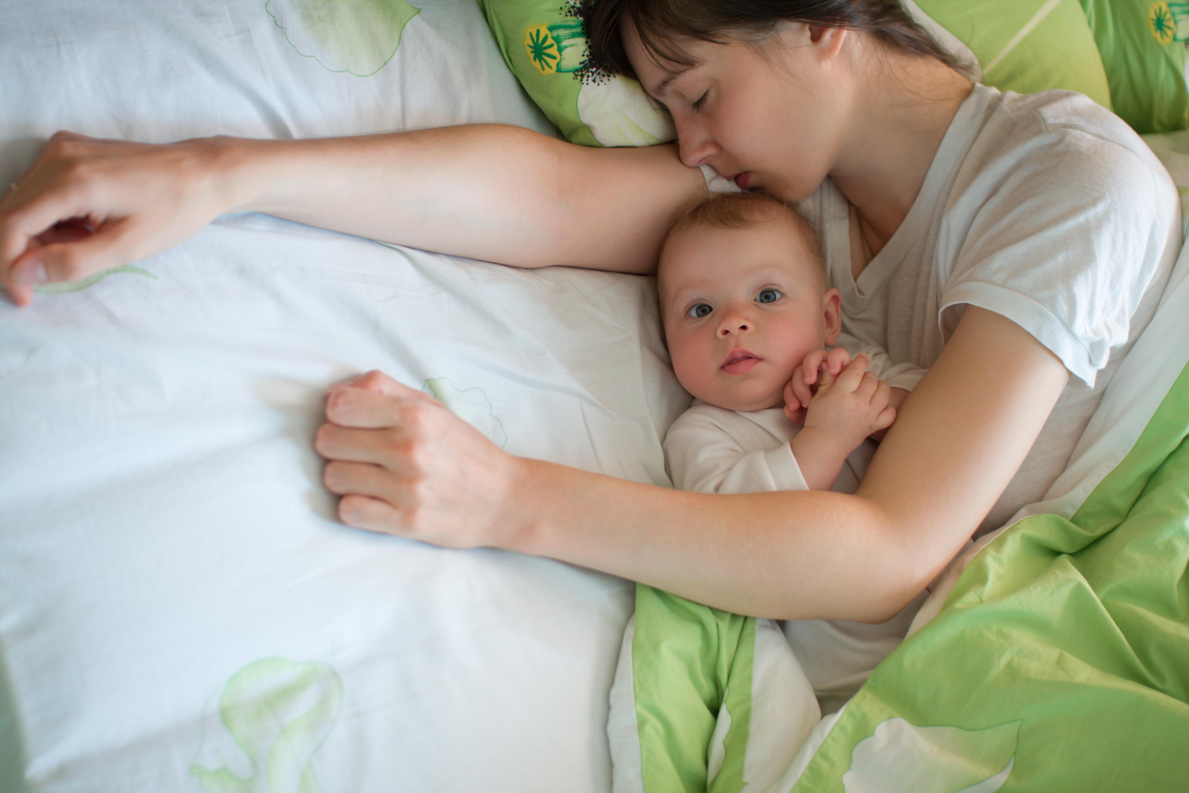 Hal Terberat tentang Menjadi Seorang Ibu – Nasihat dari  Medela Moms